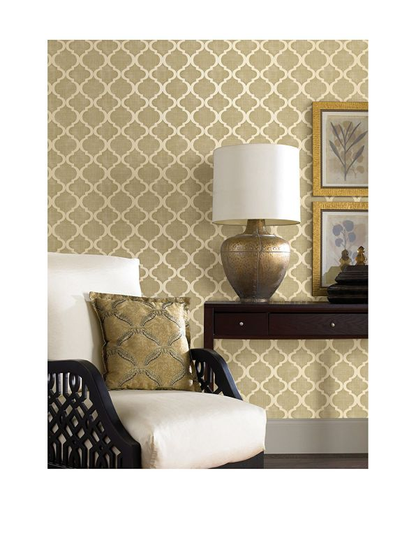 Brewster Palace Quatrefoil Strippable Wallpaper, Beige