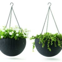 Keter Dia 13.8 in. Round Plastic Resin Garden Plant Hanger Planters Decor Pots 2 pc, Brown