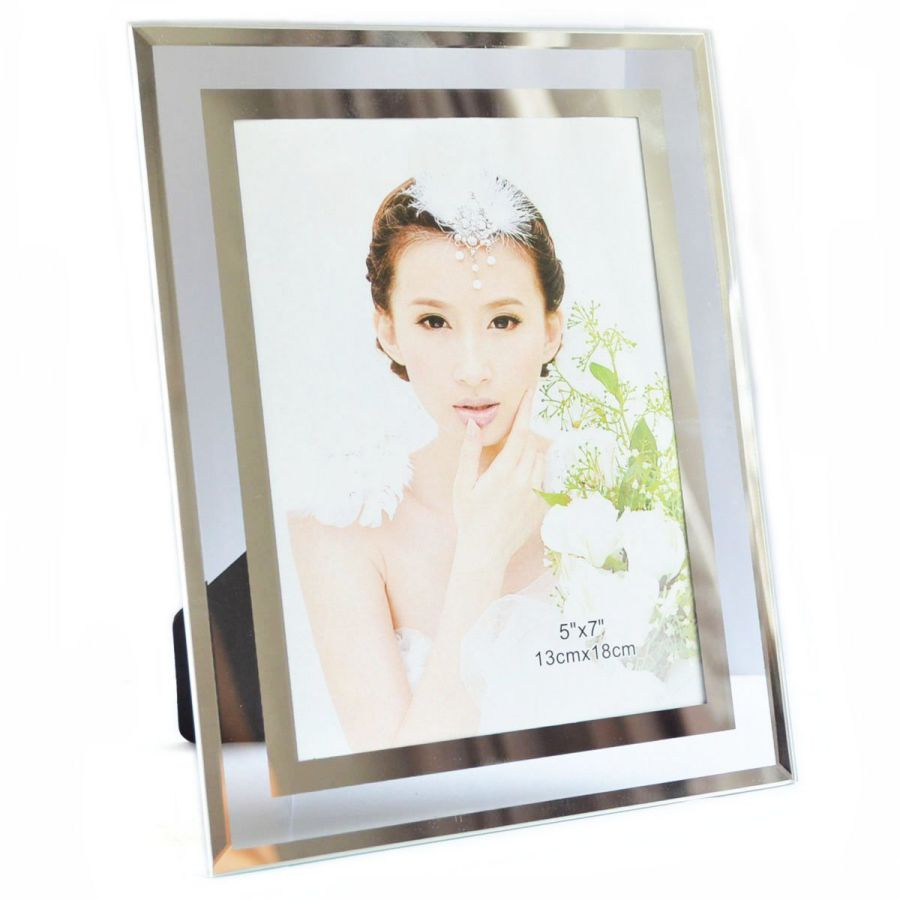 Gift garden 5 by 7 -Inch in Picture Frame for 5x7 Photo Display